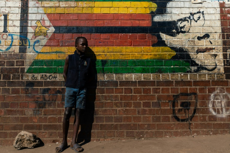 Zimbabweans have been divided over how to mourn a former leader once hailed as a liberation hero but who later brutally repressed his opponents