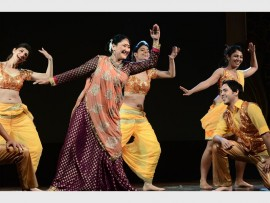 FUN: Blame it on Bollywood cast and dancer will perform at the Teatro in Montecasino from 6 October until 11 October.