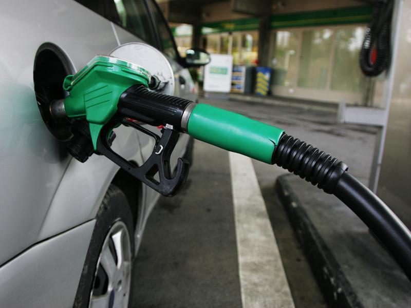 Petrol price predicted to increase in December with diesel dropping - Rosebank Killarney Gazette