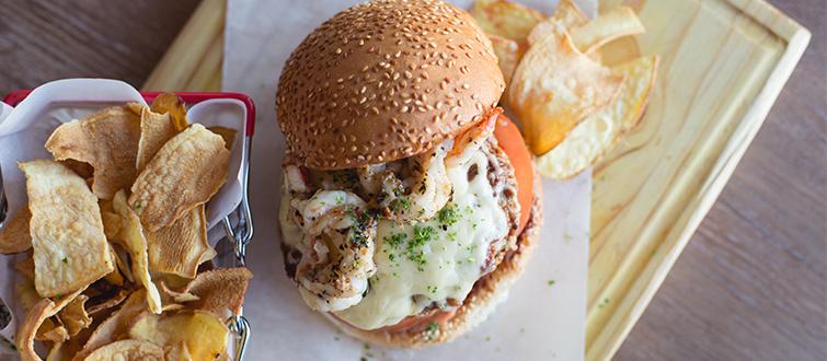 <h4>Smash a burger at East Oasis</h4><p></p>