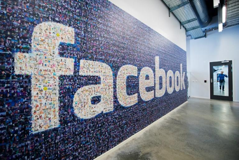 Facebook, CBS battling for NFL streaming rights | AFP