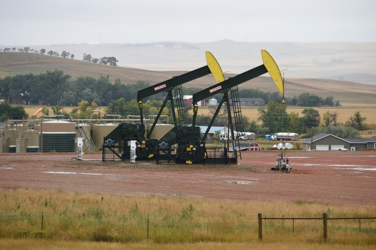 Shale pumps in action in North Dakota -- American oil production is approaching record levels   © AFP   Robyn BECK
