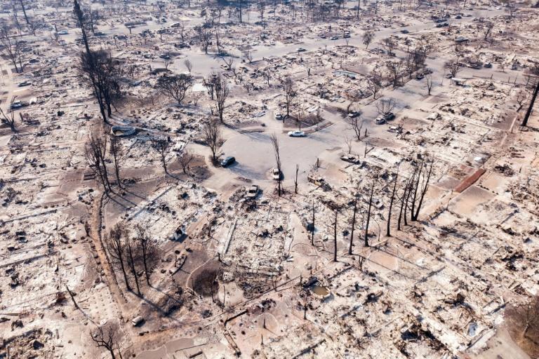 Fire damage in the Coffey Park neighborhood of Santa Rosa, California | © AFP | Elijah Nouvelage