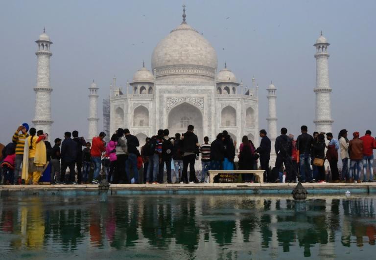 India Limits Visitors To Save Taj Mahal Afp Lowvelder