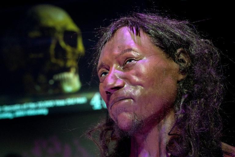 DNA shows first modern Briton had dark skin, blue eyes   AFP