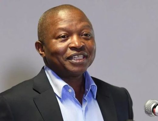 David Mabuza back from Russia, standing in for Cyril Ramaphosa