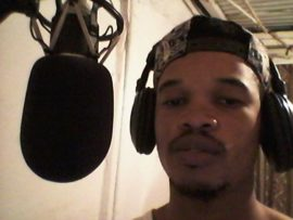 Thapelo T-Mac kekana in studio