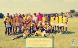 Hoërskool Wonderfontein se eerste rugbyspan met hul spesiale truie om die skool se 30ste bestaansjaar te herdenk.