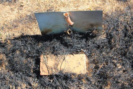 Die brand het groot skade aan verskeie grafte aangerig.