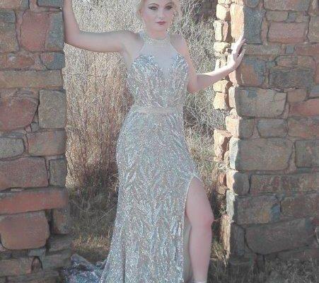 Megan de Lange Fochville High School. Dress hired.