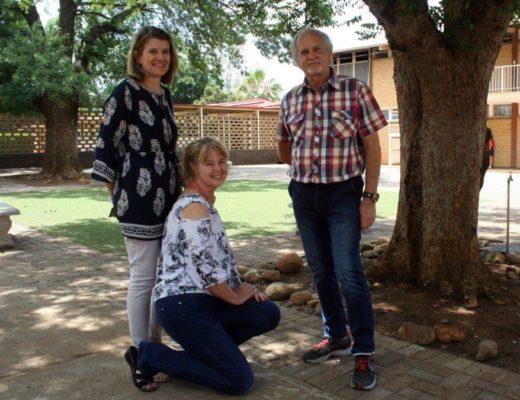 Leon de Beer, Marlize van der Walt en Elmarie Fouché die onderwysers wat die seuns gered het. FOTO: Susan Cilliers/Beeld