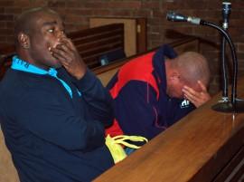 Bibi Nycamphalala en Tefo Mohua wtydens 'n vorige hofverskyning