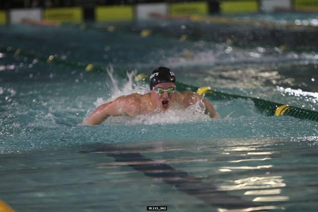 Dit is hoe 'n SA kampioen swem! Franco van Niekerk in aksie tydens die 200 meter vlinderslag.
