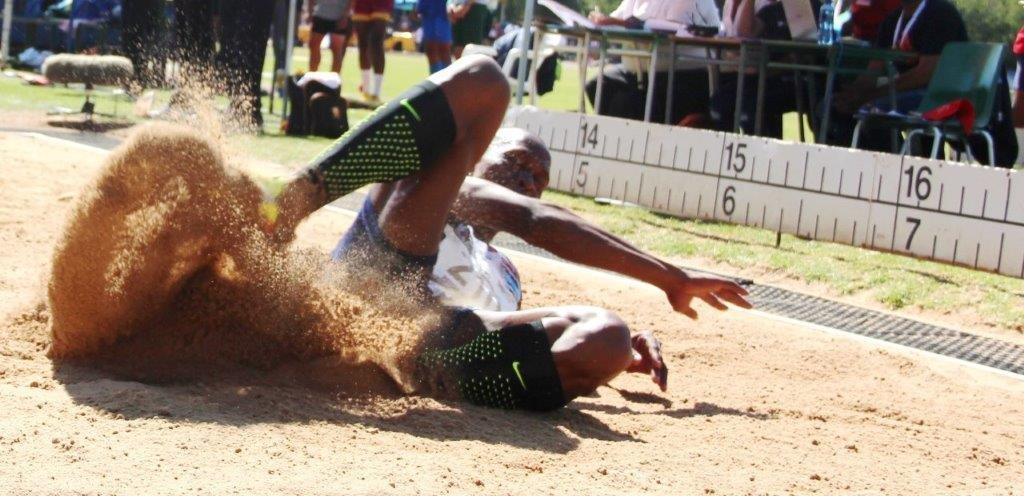 Luvo Manyonga met sy skittersprong van 8.65 meter.