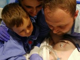 Davey, Cornè en klein Davey Strydom by Danè in die hospitaal Foto: FACEBOOK