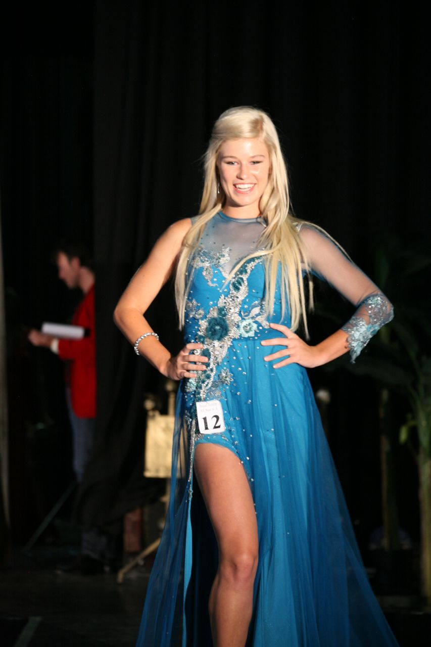 Anchané Pretorius is 'n finalis in die Miss United Continents South Africa skoonheidskompetisie.