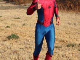 Spinnekop hardloop vir 'n doel. Die Pretorianer, Eric Nefdt (32), was hierdie week in Potchefstroom in sy 1550km reis vanaf Pretoria na Luderitz om bewusmaking vir orgaanskenking te skep.