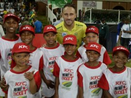Faf du Plessis with the KFC Mini-Cricket kids from Amstelhof PSS