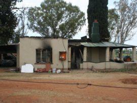 Andrew Marais se huis waarin hy byna self doodgebrand het. Foto: Verskaf