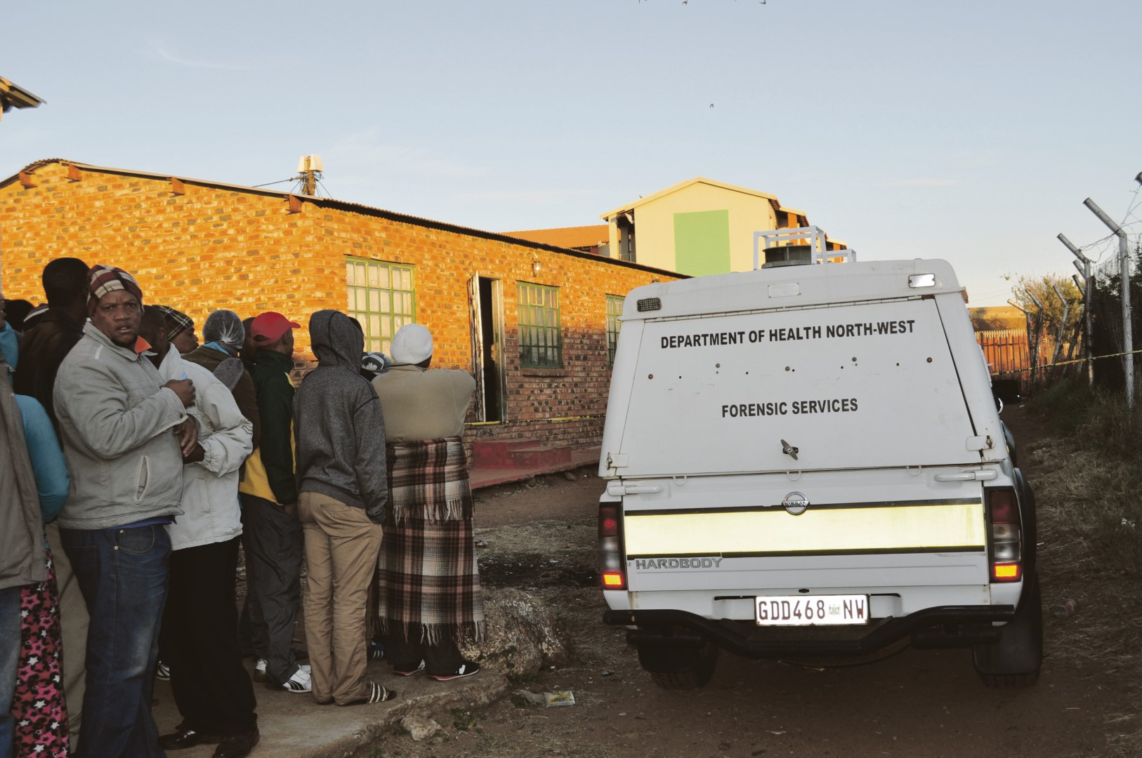 Hostel dwellers from the men's side were shocked to wake up to three dead bodies and police and forensics busy with investigations at the scene. Photo: Victor Boqo.