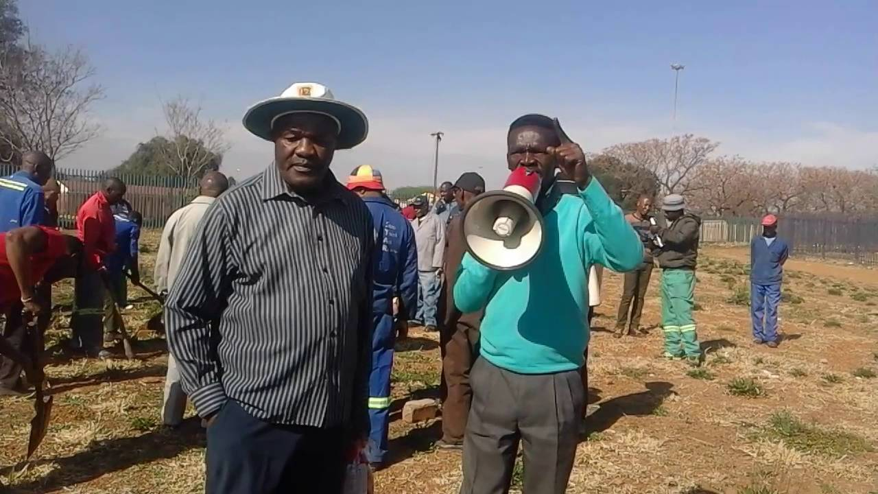 Grave fees have to fall: Community