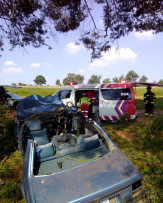 Two people have been killed while three others were injured in a crash on Sunday Afternoon in Meyerton.