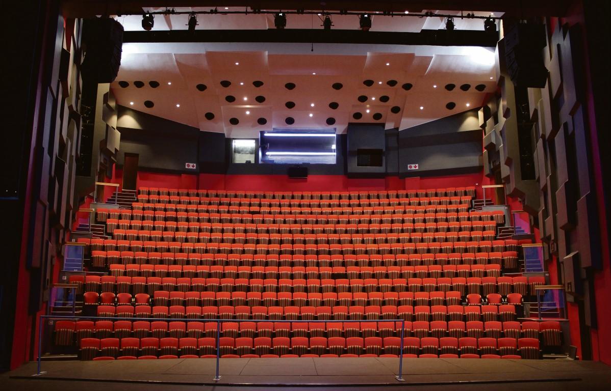 Nuwe baadtjie vir Etienne Rousseau-teater