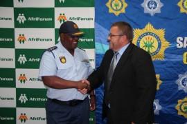 Lt.genl. Khomotso Phahlane en Kallie Kriel - AfriForum se uitvoerende ho...