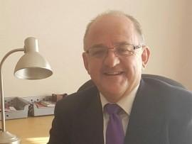 Dr Dean Verwey.