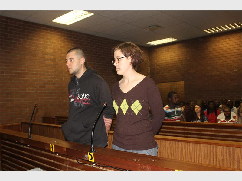 Magistrate scolds triple murder accused - Krugersdorp News