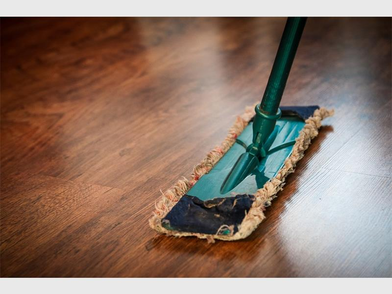 How To Clean Your House In One Hour After New Year