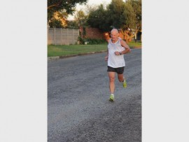 Dale Rynhoud set a time of 15.38 in the 4-kilometre run.