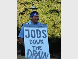 DA proportional representative Dave Dewes is still making controversial statements, even  dressing up to make a point. Photo: Supplied.