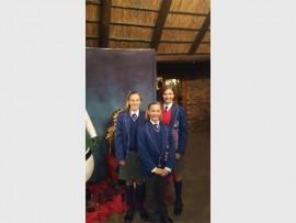 Liezle Cloete, Marizelle van Wyk en Karla Strydom is in die Gauteng-Wes-ruiterspan opgeneem. Foto: Ingestuur