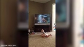 Dad films son's hilarious 'Rocky workout'
