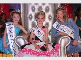 Kayleen Parau (Eerste prinses), Chantene du Plessis (mej Cutie Pie) en Uvanca Rademan (Tweede prinses).