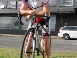 Die Besturende Direkteur van Caxton Plaaslike Media en Coldset Drukkery, Jaco Koekemoer gaan aan die 94.7 Cycle Challenge Sunday deelneem. Foto: Roelien Vorster.