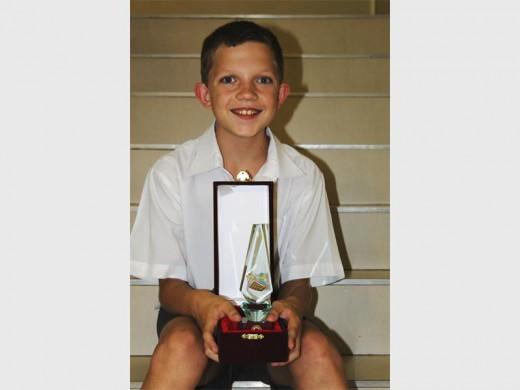 Rikus Jansen het onlangs aan 'n internasionale wiskundekompetisie deelgeneem en hierdie bronsmedalje teruggebring. Foto: Adéle Bloem