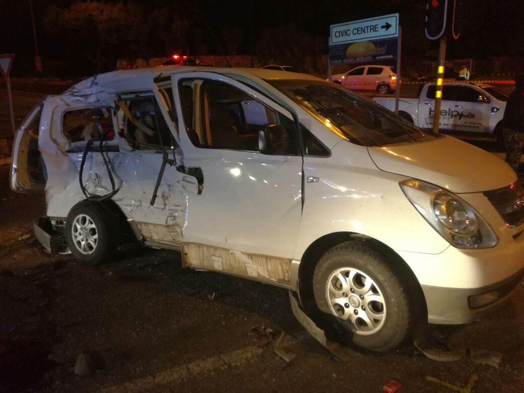 BREAKING: Horrific accident on Ontdekkers Road last night
