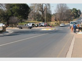 Contructors at work on Nicol and Bothma roads.