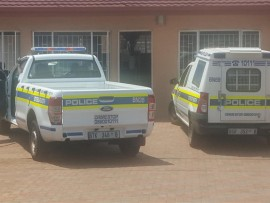 Boksburg North SAPS vehicles at one of the beauty salons in Turton Street, where the women are reportedly harassed by a man driving in a blue Toyota Yaris.