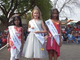 Parkrand Primary School recently held its Miss and Master Parkrand competition. The winners in the Junior Girls category are (from left): Naledi Mokoena (second runner-up), Rebecca Postma (winner) and Aishwariya Naidoo (second runner-up).