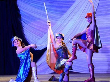 Dancing to Germany | Benoni City Times