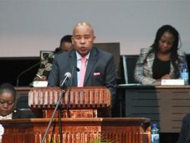 Clr Moses Makwakwa delivering his budget speech.