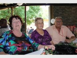 Rita Louw (left), Irene and Toolie Fouche are from Deneys Conradie Residentia.