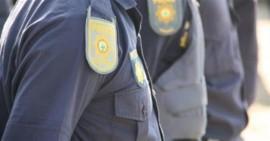 Fake-policeman-Medium