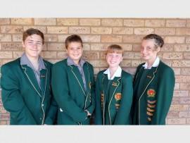 Hulle is (van links) Dealin van Eeden (onderhoofseun), Rolando Venter (hoofseun), Karien du Plessis (hoofdogter) en Karla Steyn (onderhoofdogter).