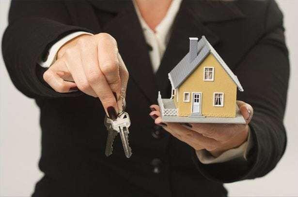 Dealing with a demanding landlord | Brakpan Herald