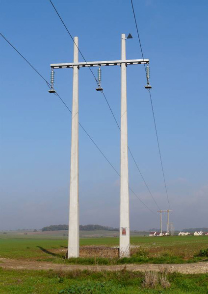 Concrete Electric Poles : Vandals and thieves target concrete electricity poles