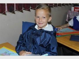 Jonathan van Niekerk is een van Protea Skool se nuwe Graad Een leerlinge wat saam met vyf ander in juffrou Minette Liebenberg se klas is.